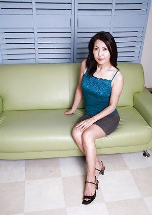 Naked Mature Asian